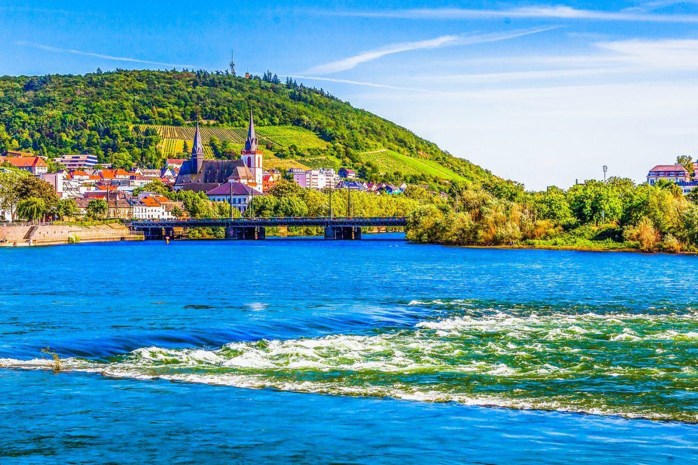 畅游莱茵河,河中的城堡_图1-15