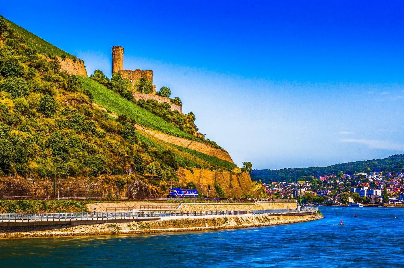 畅游莱茵河,河中的城堡_图1-23