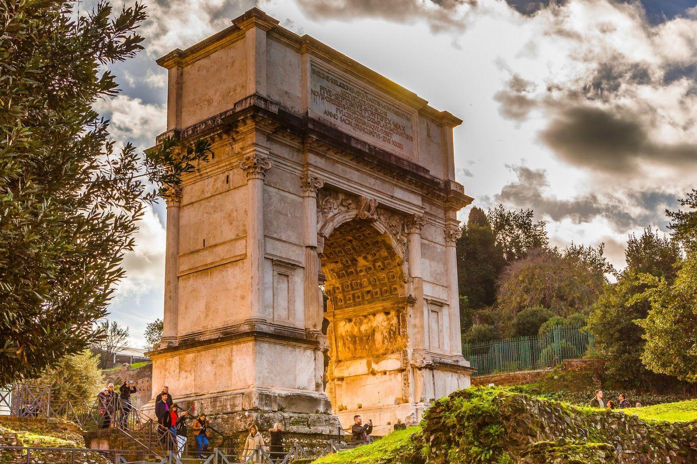 罗马君士坦丁凯旋门,两千年的建筑_图1-10