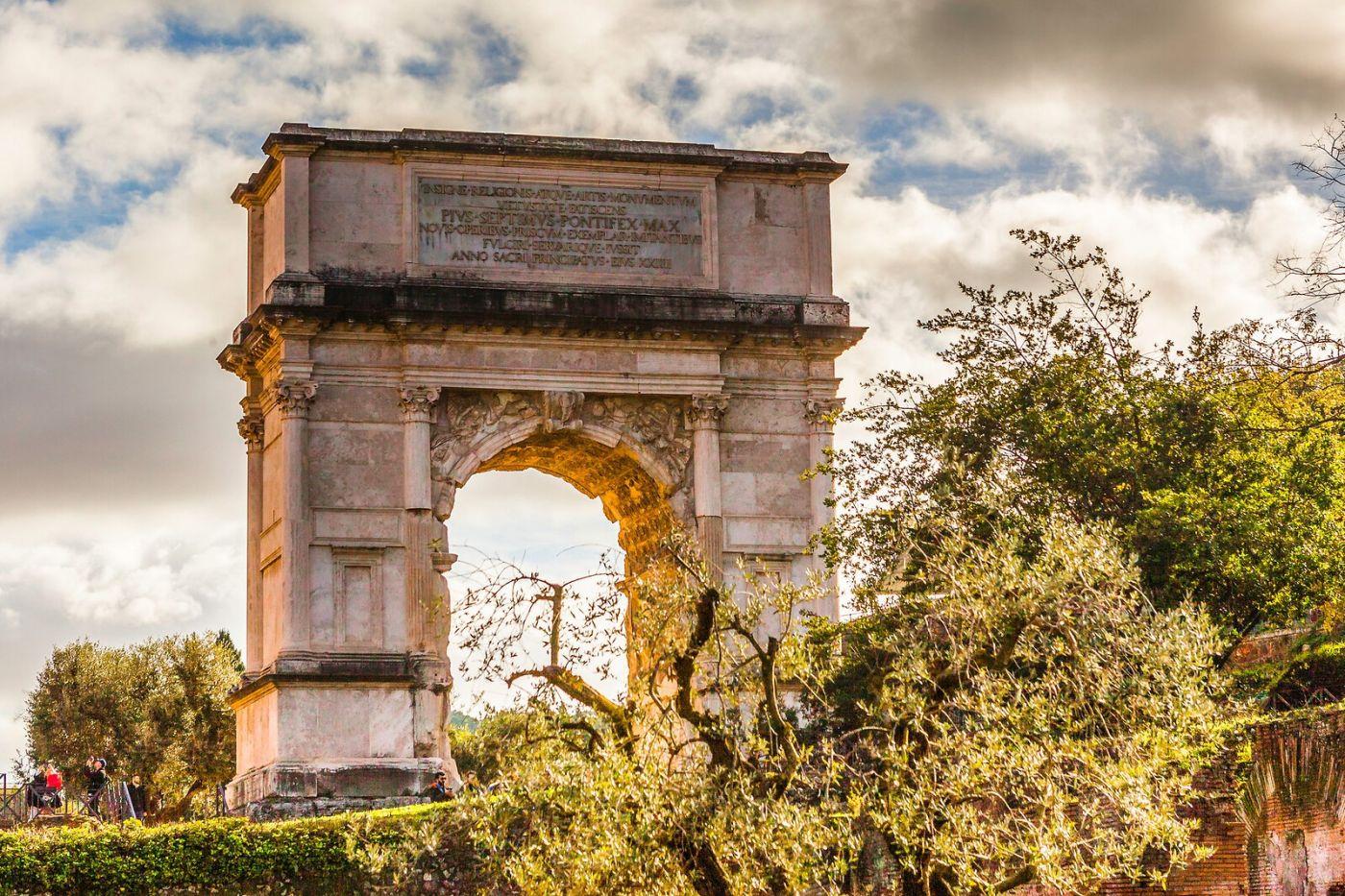 罗马君士坦丁凯旋门,两千年的建筑_图1-6