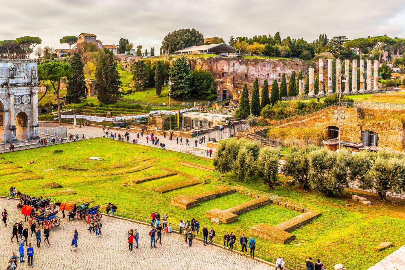 罗马君士坦丁凯旋门,两千年的建筑_图1-3