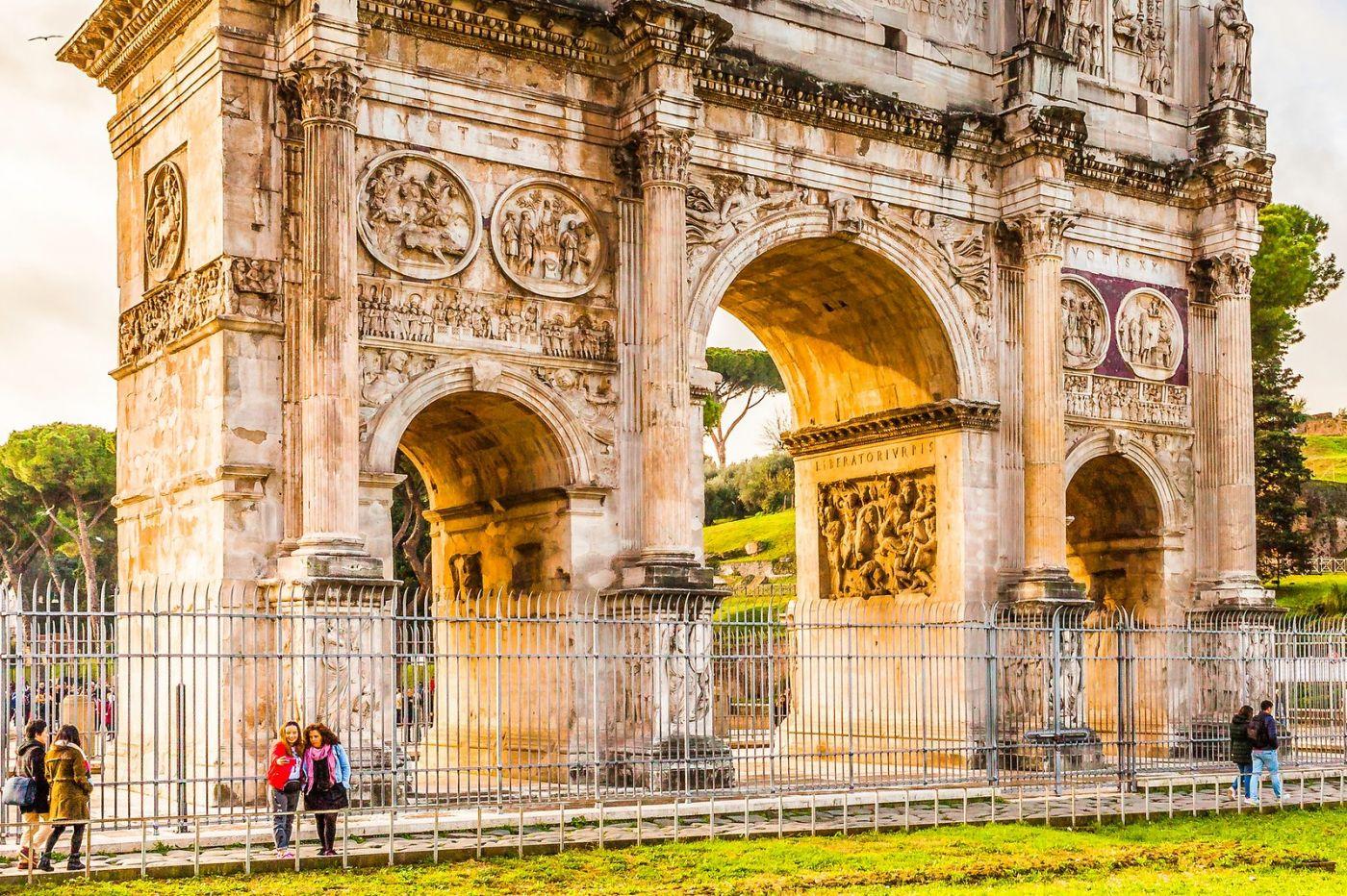罗马君士坦丁凯旋门,两千年的建筑_图1-18