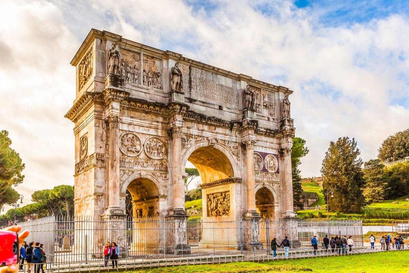 罗马君士坦丁凯旋门,两千年的建筑_图1-27