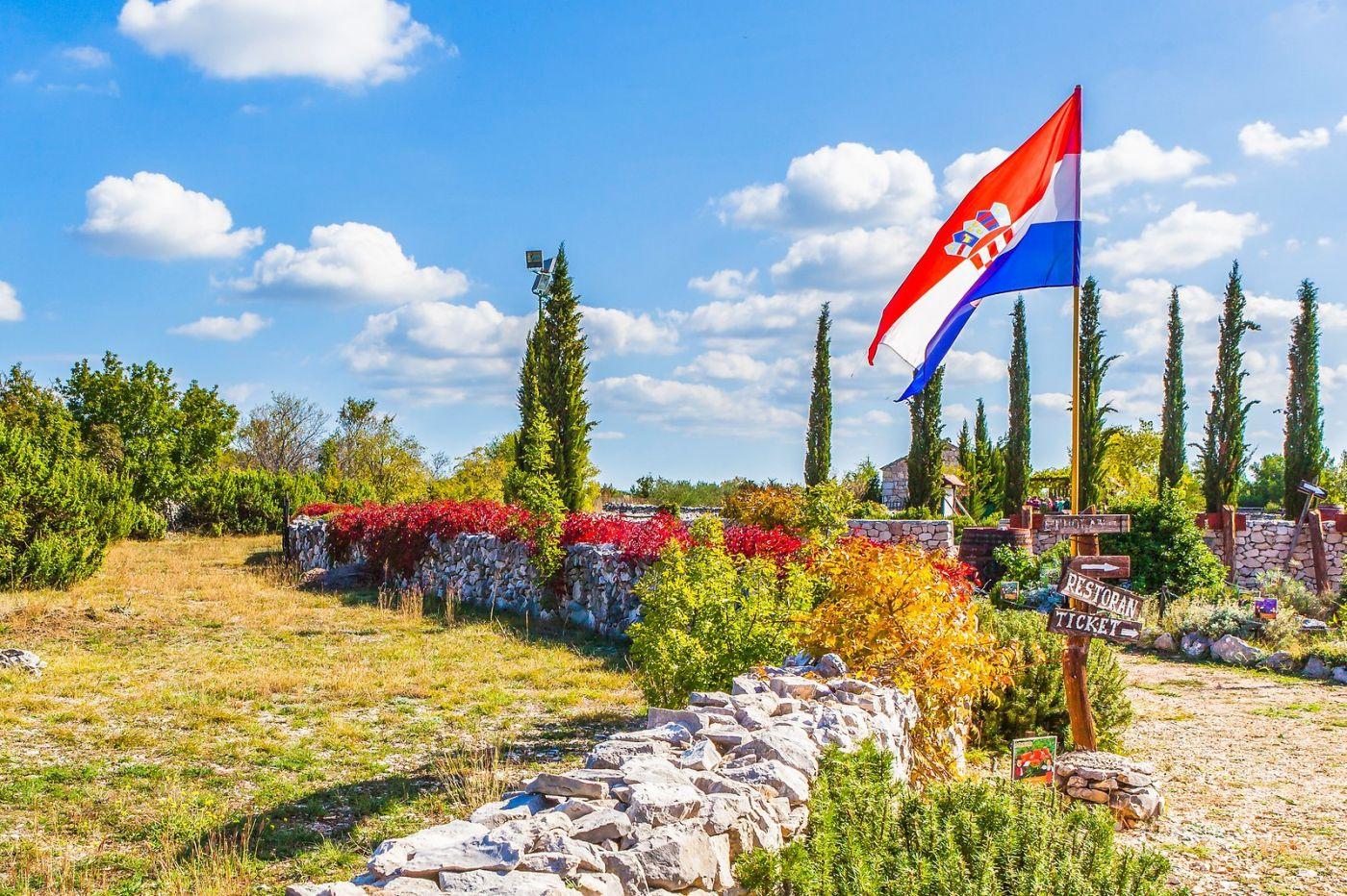 克罗地亚达尔马提亚村,独特的地域风貌_图1-15