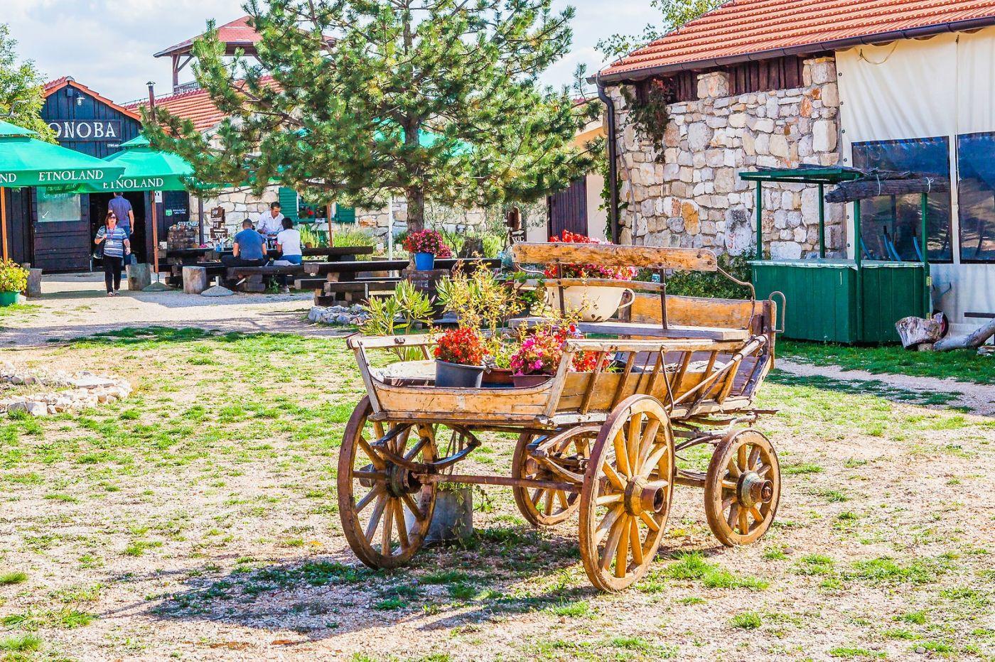 克罗地亚达尔马提亚村,独特的地域风貌_图1-20