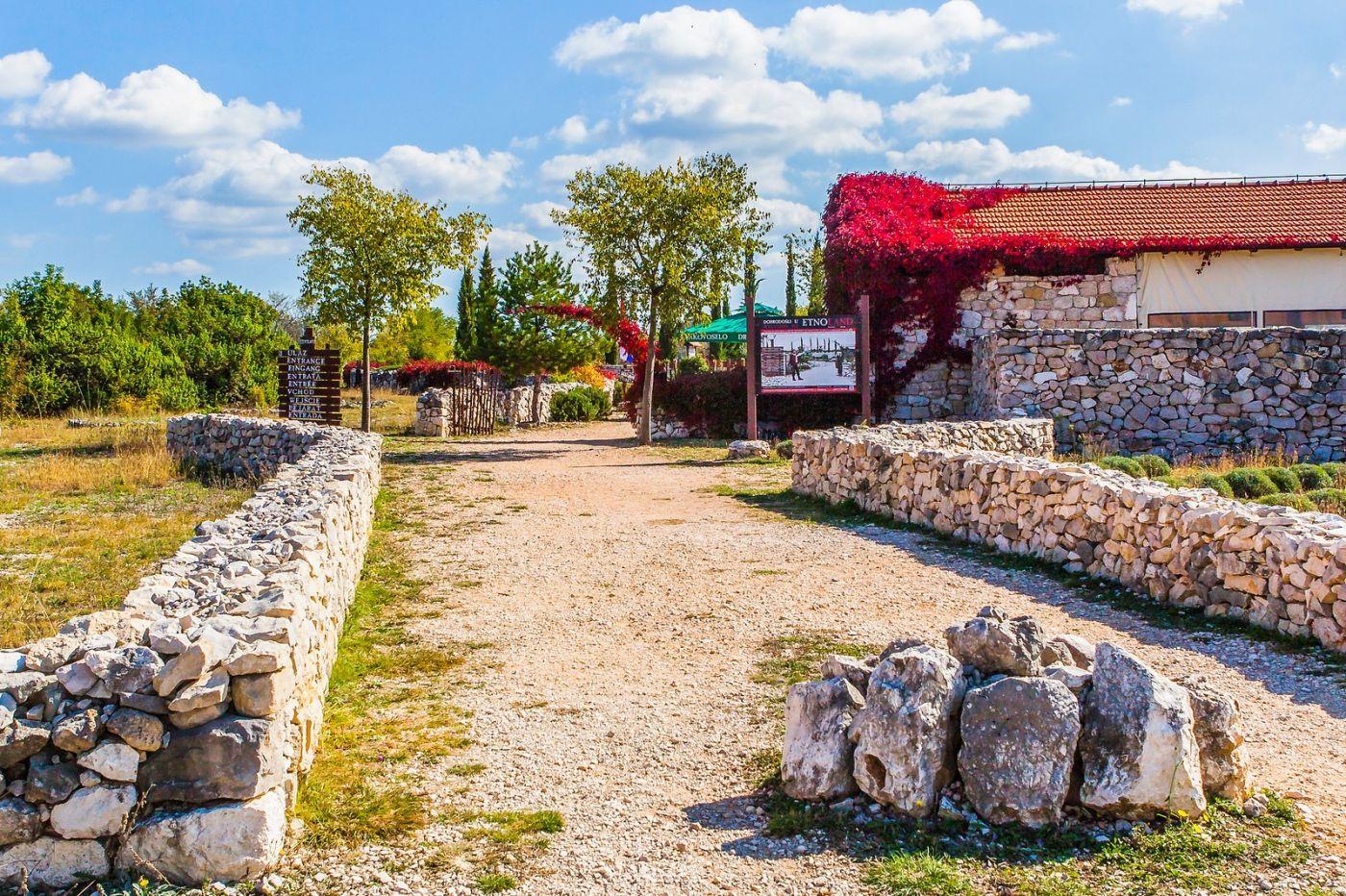 克罗地亚达尔马提亚村,独特的地域风貌_图1-27