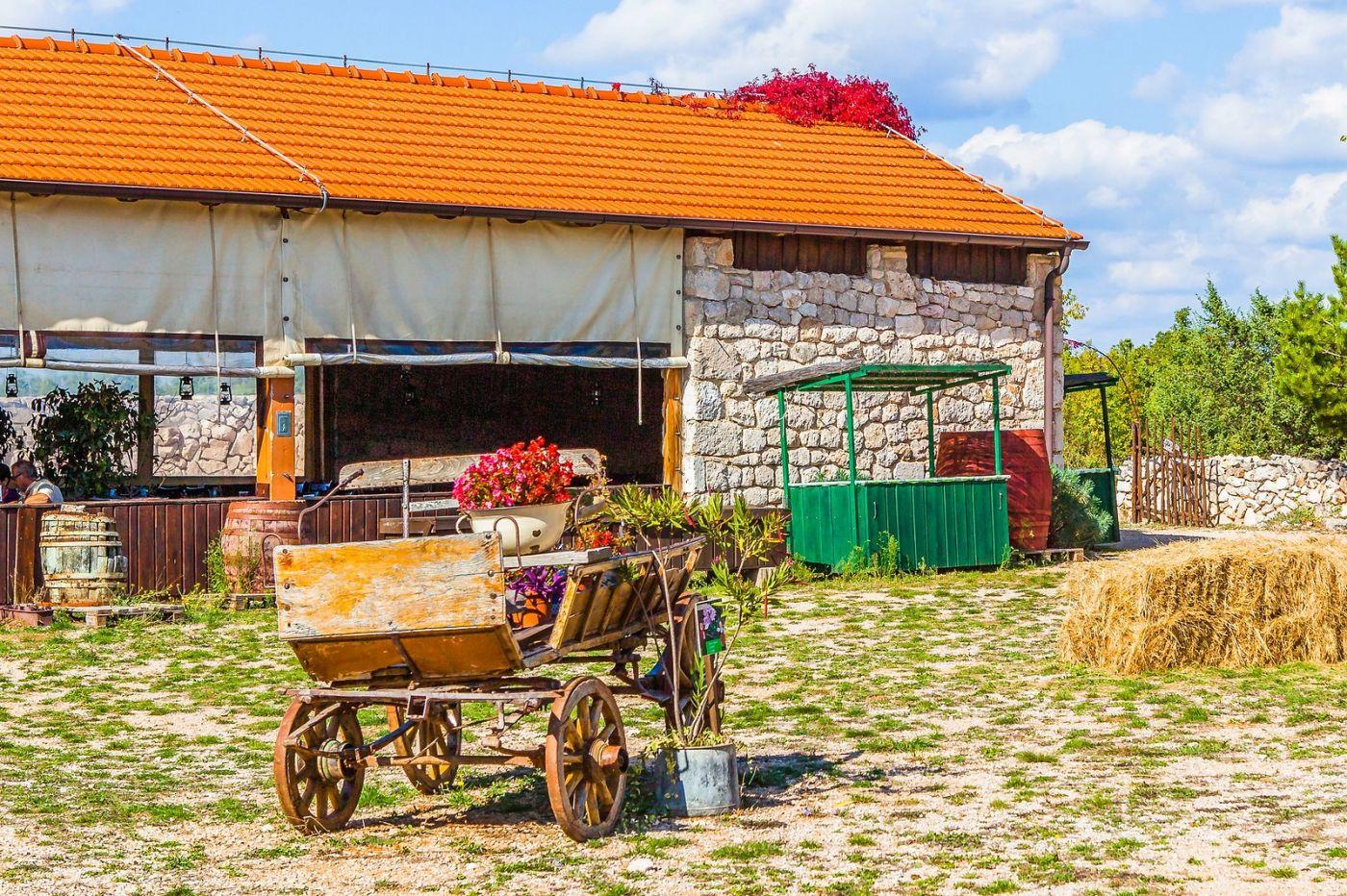 克罗地亚达尔马提亚村,独特的地域风貌_图1-26