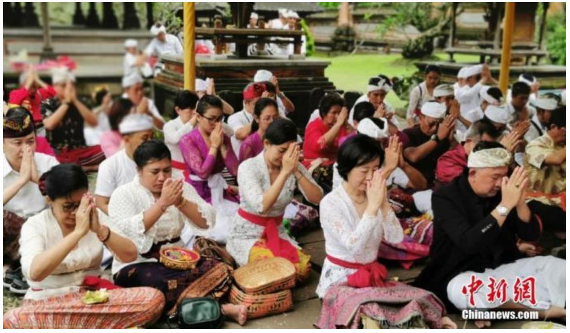 滞留在国外的中国游客:该不该回国?_图1-1