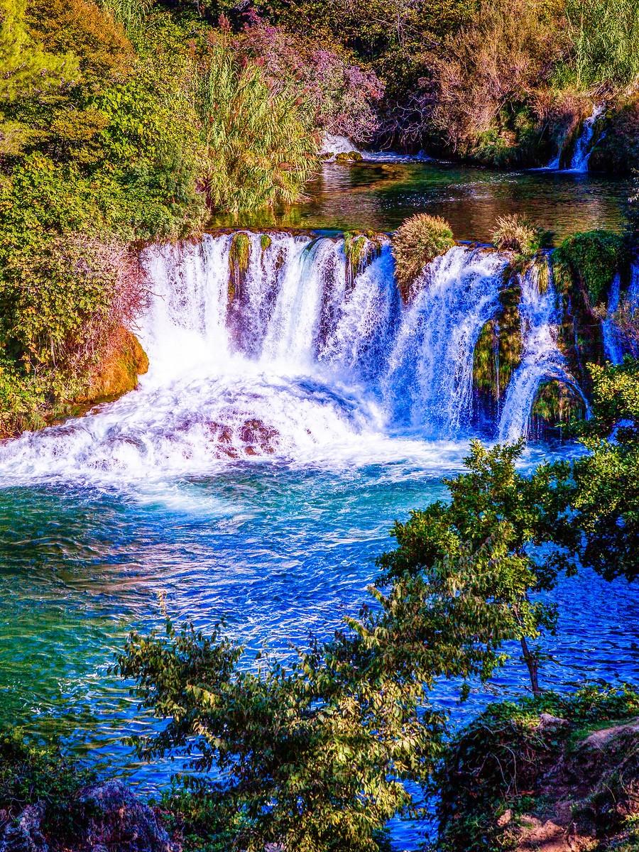 克罗地亚克尔卡国家公园(Krka National Park),走在瀑布傍_图1-33