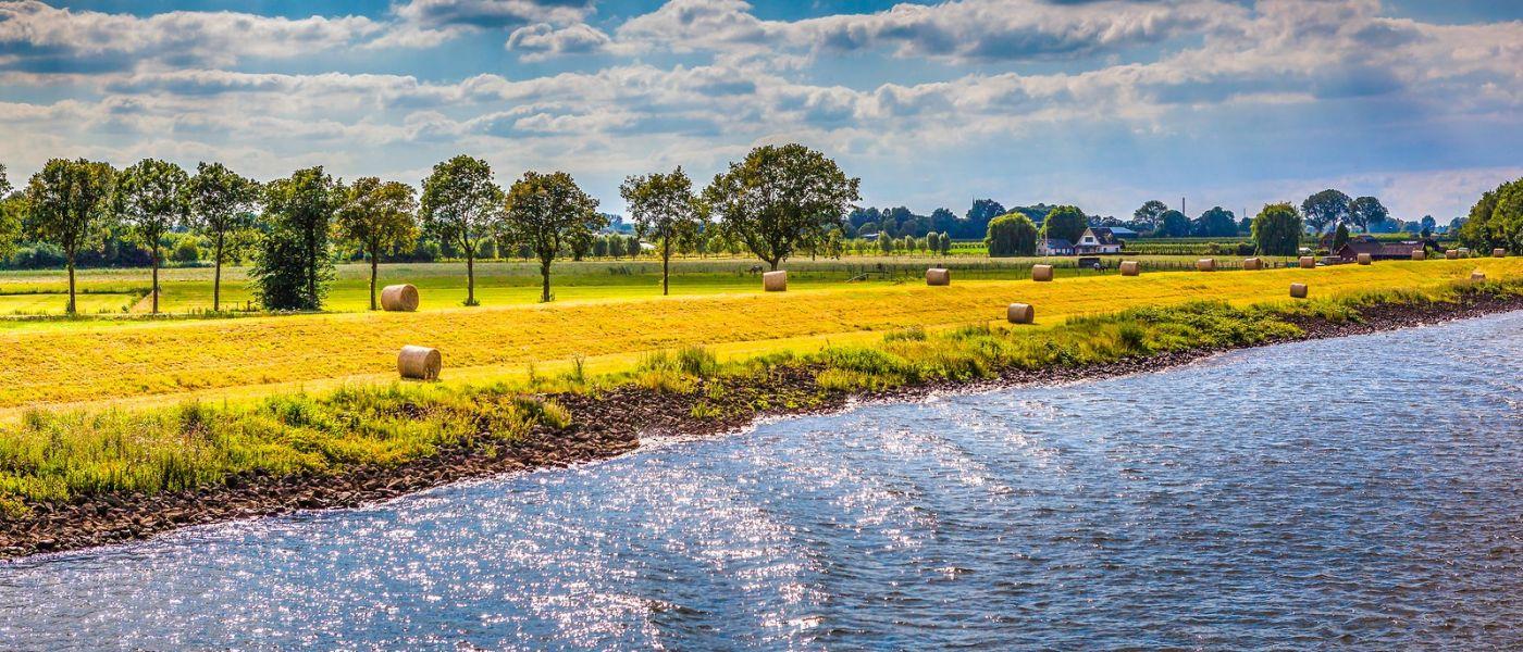 畅游莱茵河,山坡上的耕田_图1-31