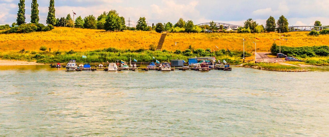 畅游莱茵河,山坡上的耕田_图1-39
