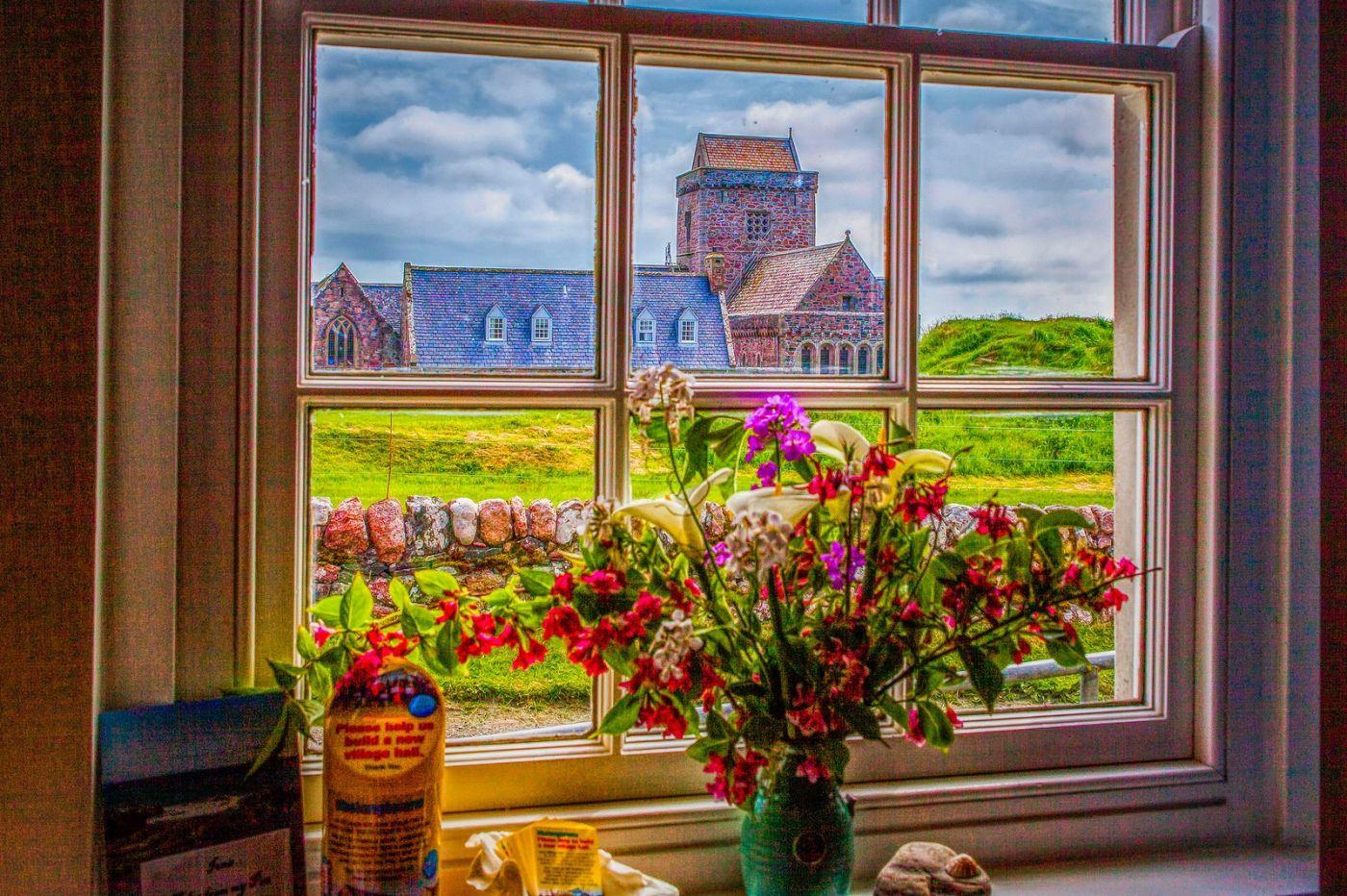 苏格兰圣奥兰教堂(St Oran's Chapel),小教堂大视野_图1-2