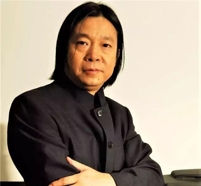 高娓娓:《英雄中国》让亿万人感动到哭泣的抗疫战歌,中美歌手倾情献唱 ... ... ... ... ..._图1-5