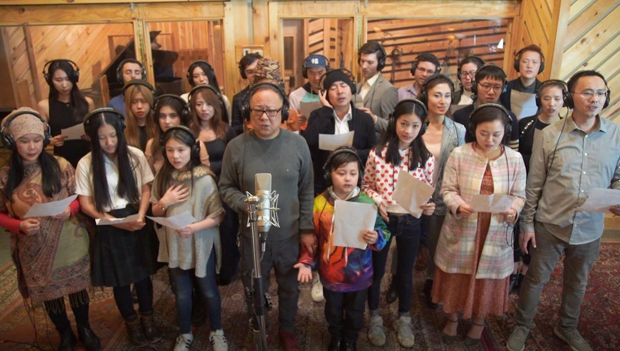 高娓娓:《英雄中国》让亿万人感动到哭泣的抗疫战歌,中美歌手倾情献唱 ... ... ... ... ..._图1-12