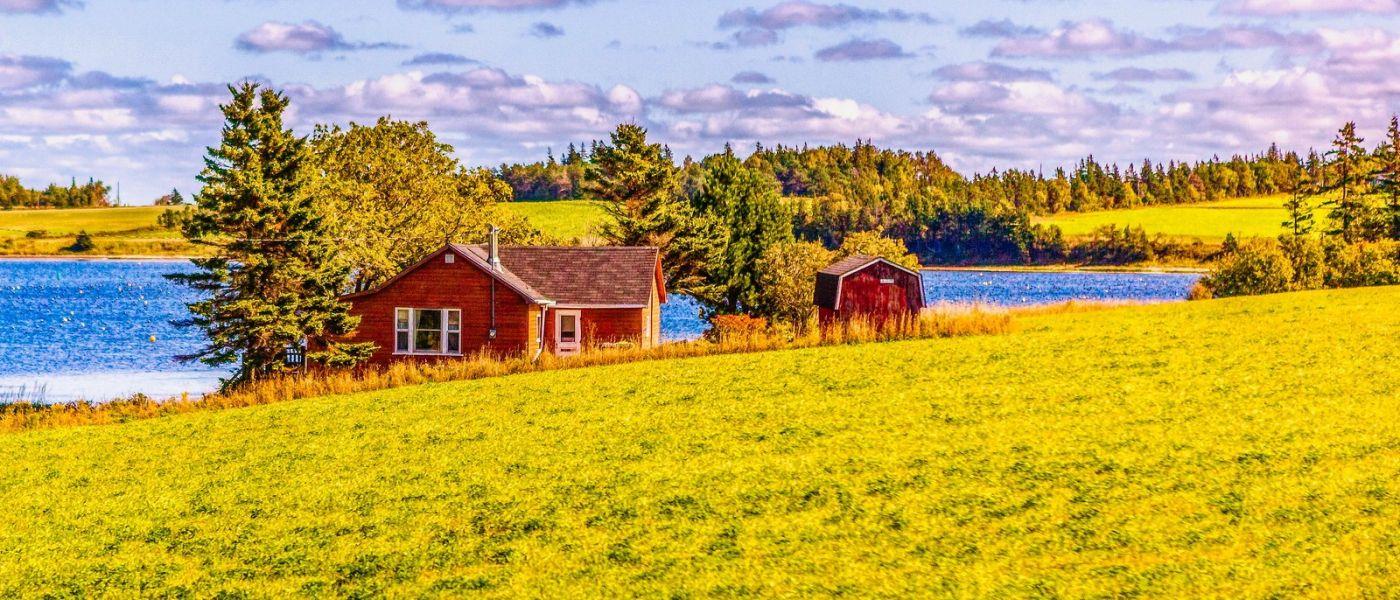 加拿大路途,水边的小红房_图1-40