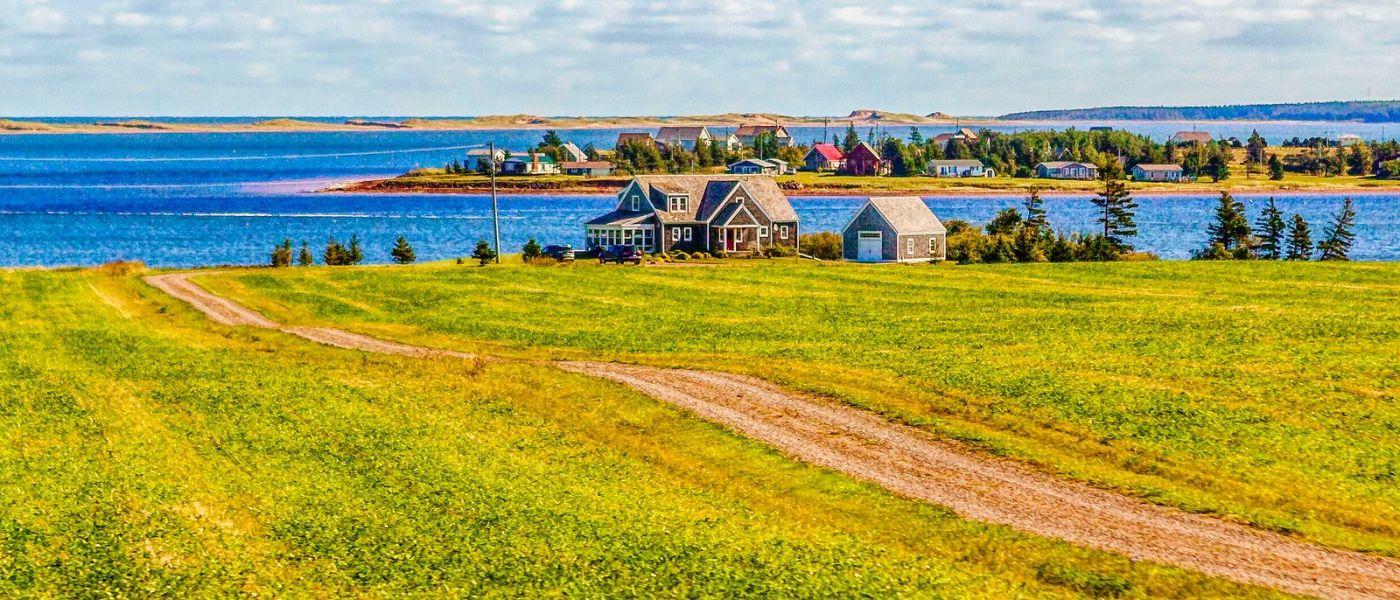 加拿大路途,水边的小红房_图1-13