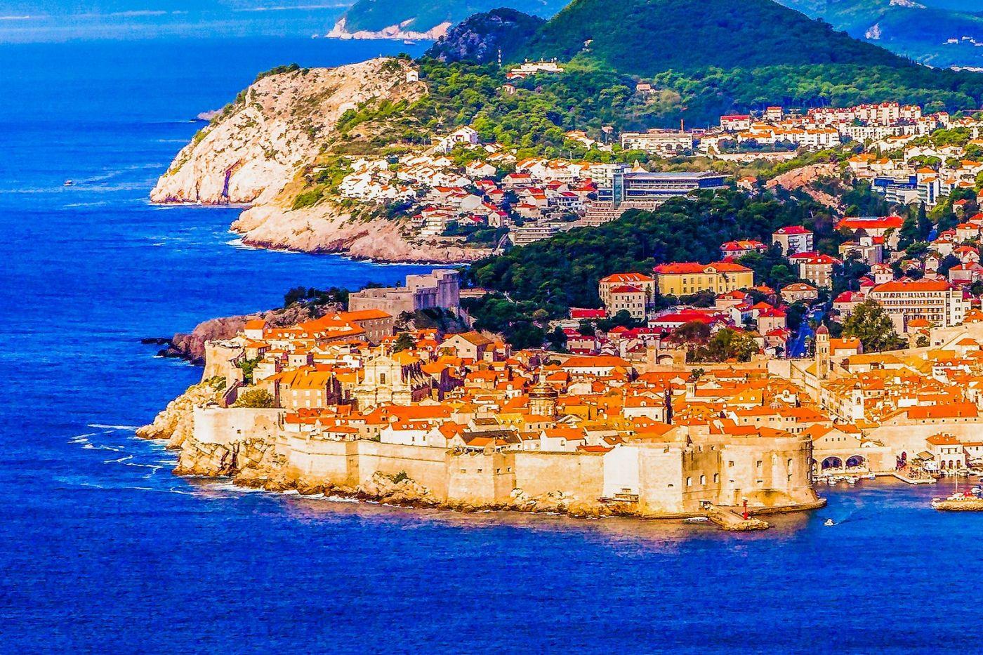 克罗地亚杜布罗夫尼克(Dubrovnik),远眺古城_图1-12