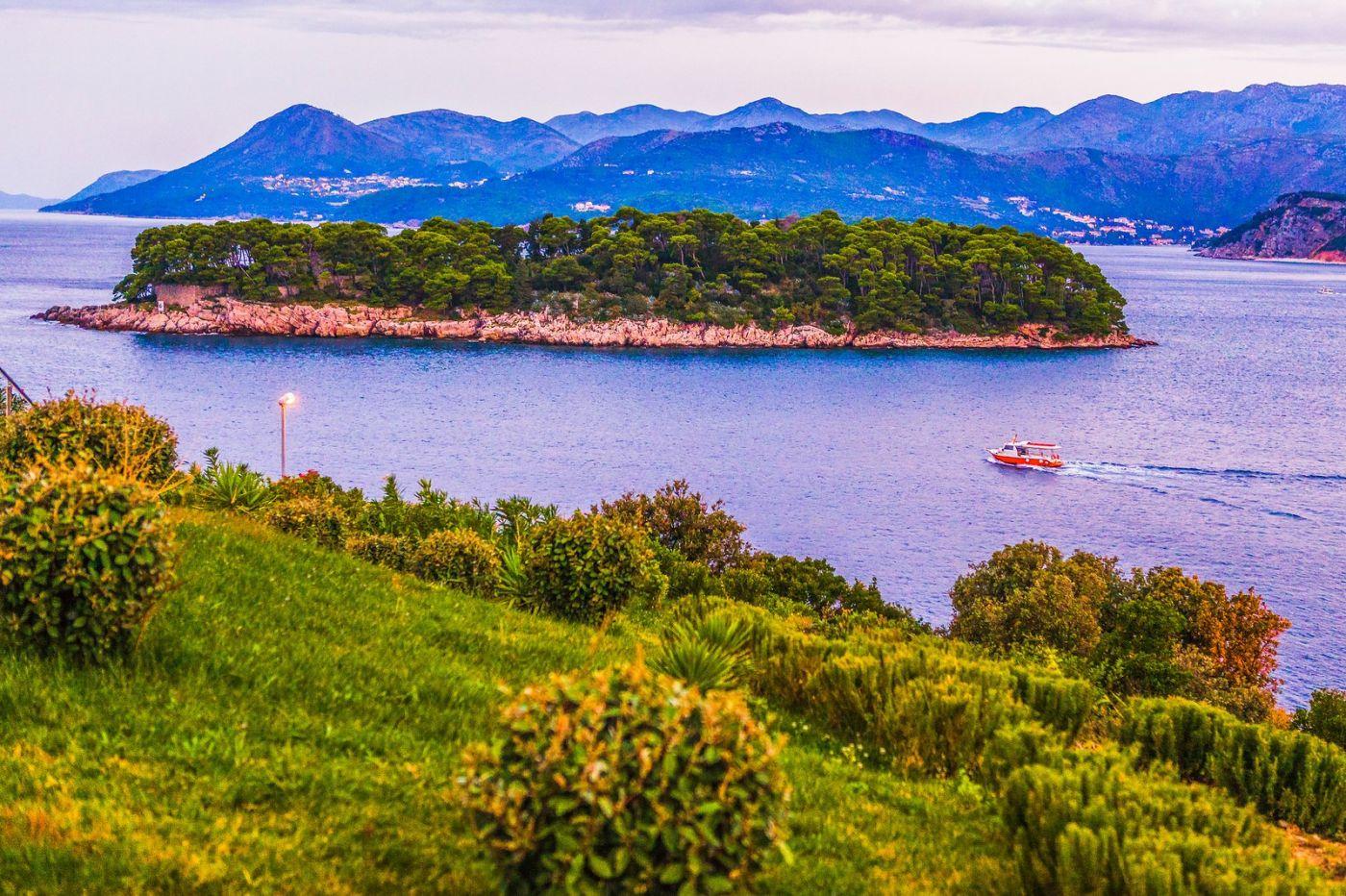 克罗地亚杜布罗夫尼克(Dubrovnik),远眺古城_图1-18