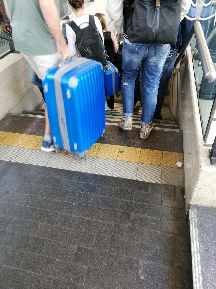 意大利: 坐错火车,遭遇小偷_图1-8
