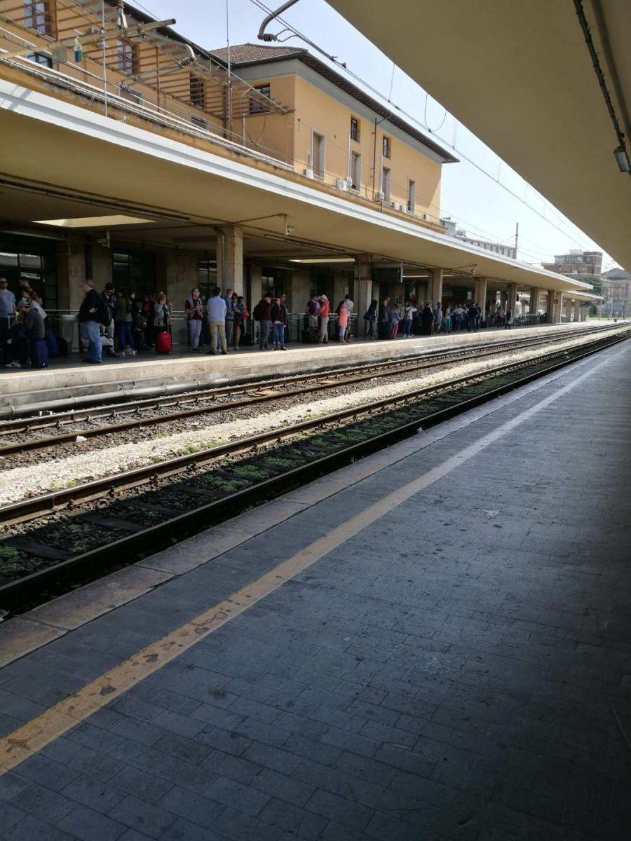 意大利: 坐错火车,遭遇小偷_图1-4
