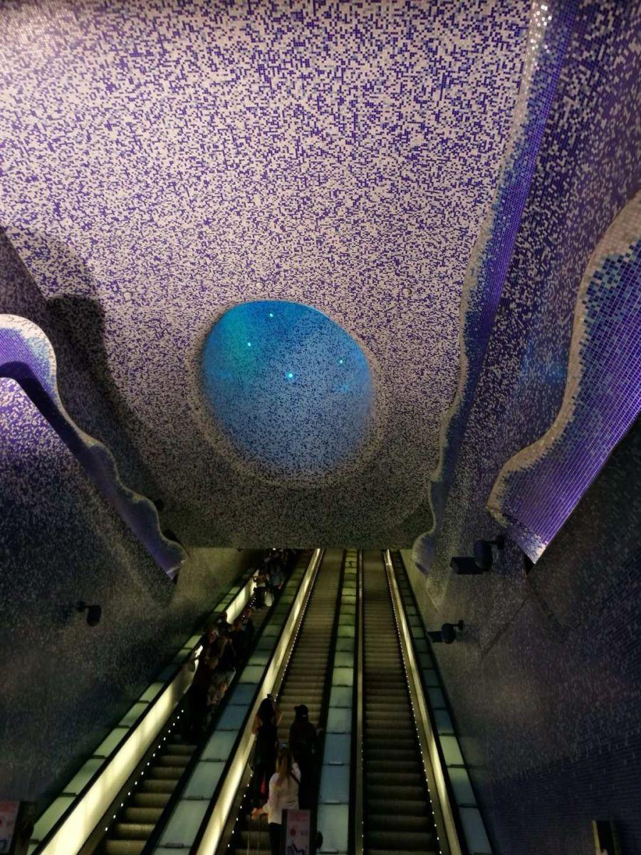那不勒斯旅游亮点:Toledo地铁站_图1-21