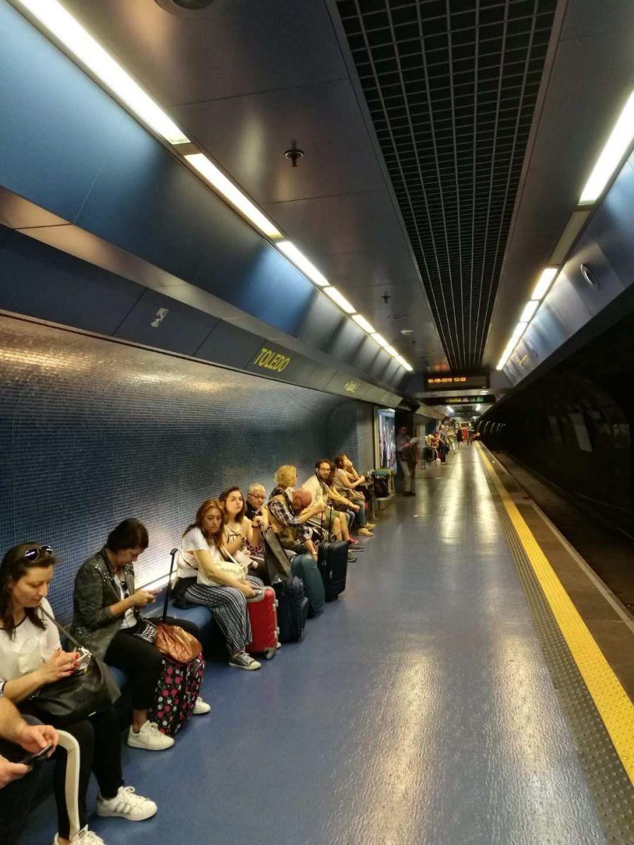 那不勒斯旅游亮点:Toledo地铁站_图1-17