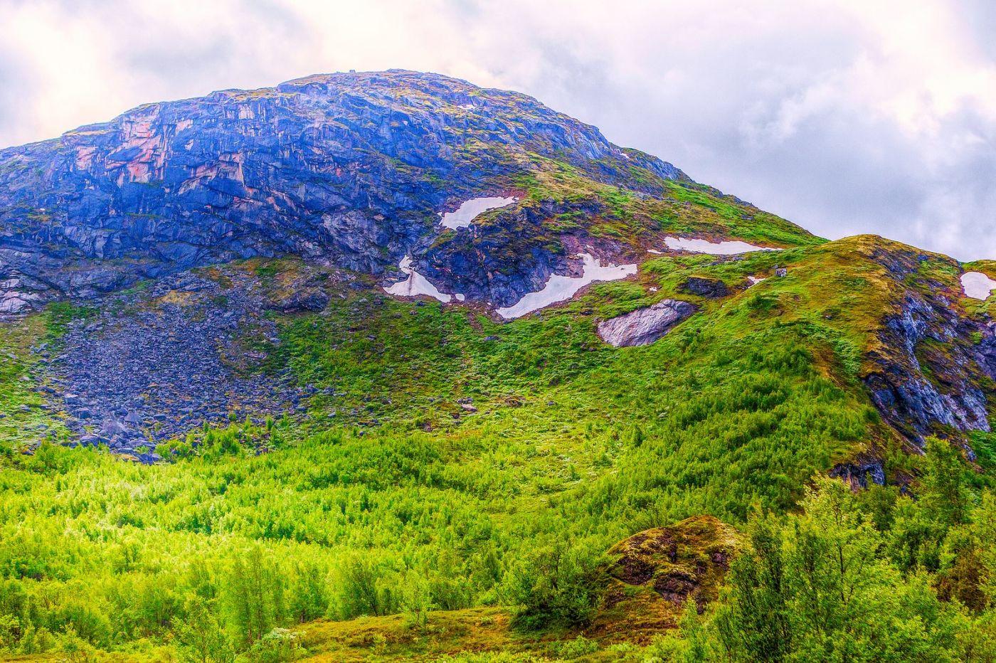 北欧风光,高山残雪_图1-3
