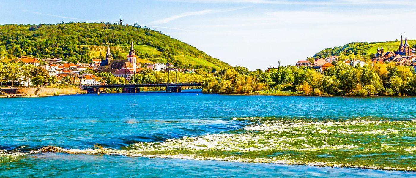 畅游莱茵河,站船头看两岸_图1-22