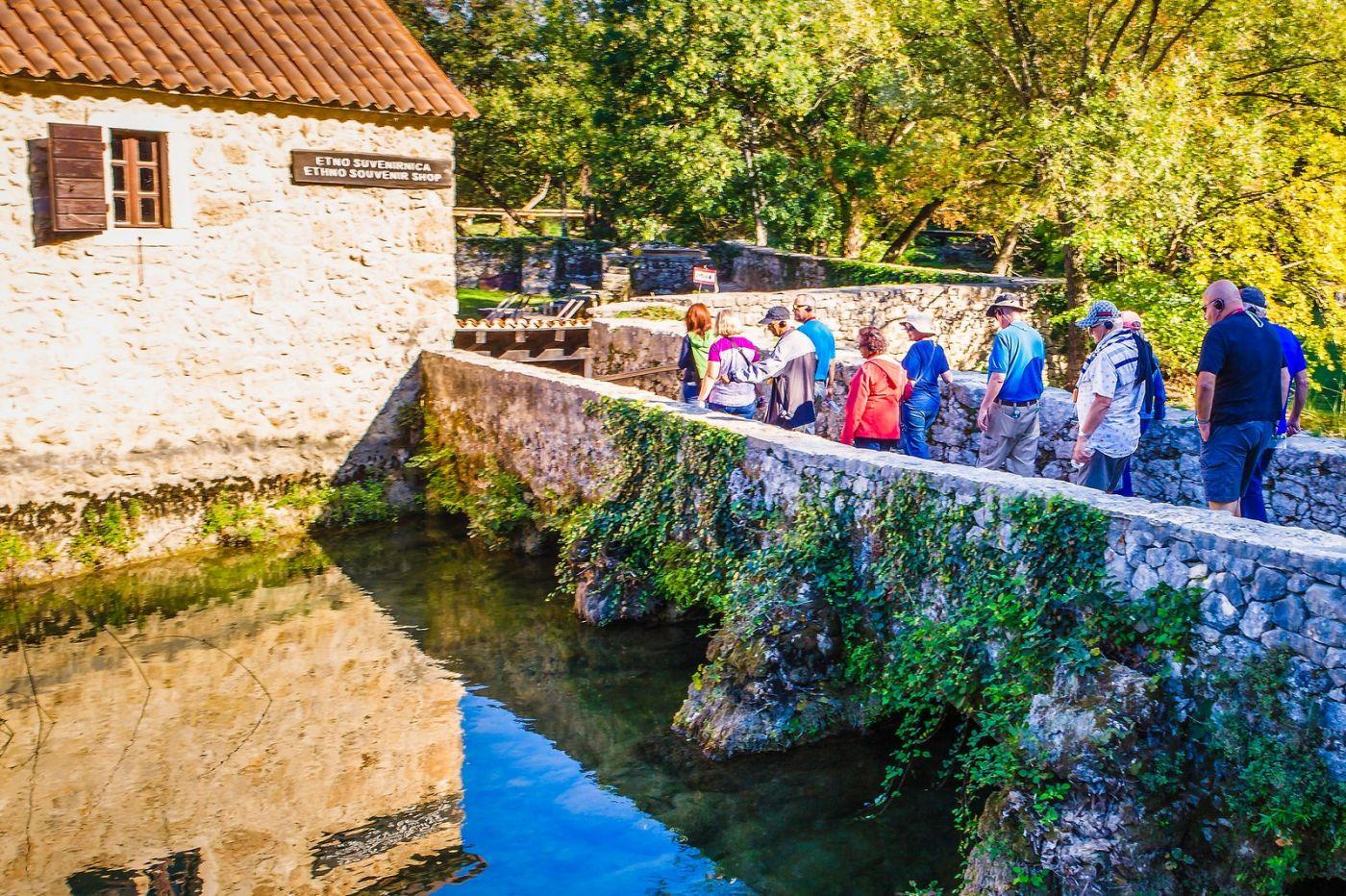 克罗地亚克尔卡国家公园(Krka National Park),小桥小路小房_图1-24