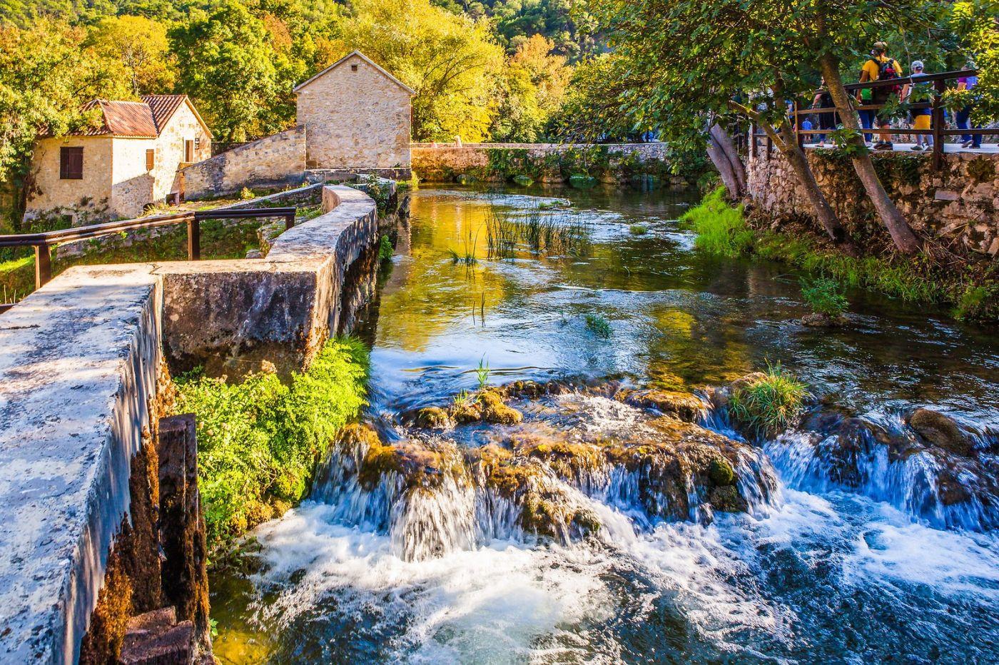 克罗地亚克尔卡国家公园(Krka National Park),小桥小路小房_图1-5