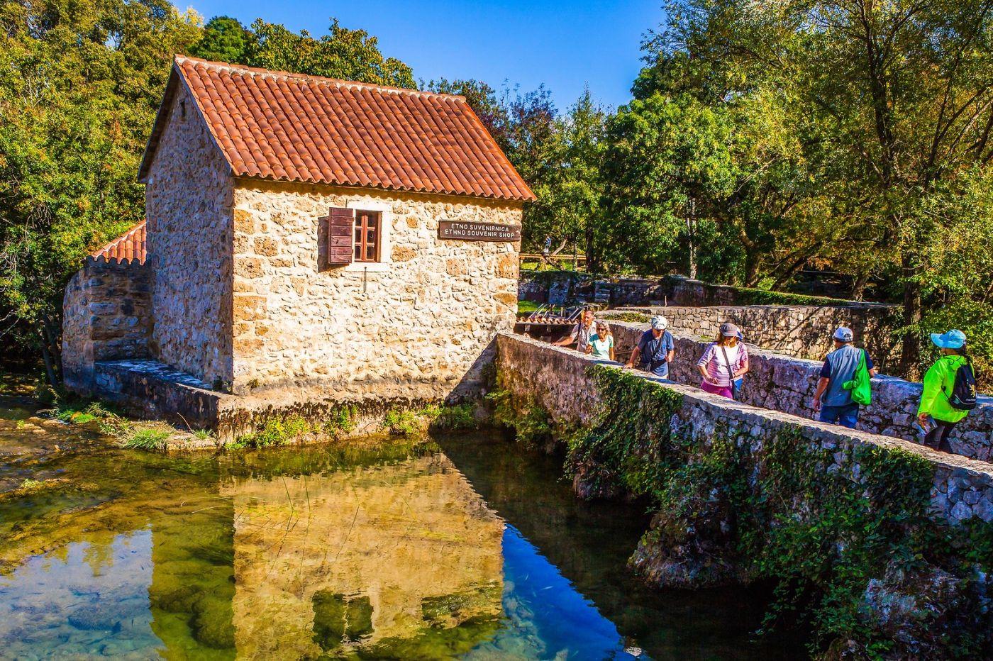 克罗地亚克尔卡国家公园(Krka National Park),小桥小路小房_图1-4