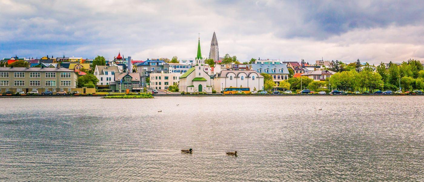 冰岛雷克雅未克(Reykjavík),城中湖_图1-1