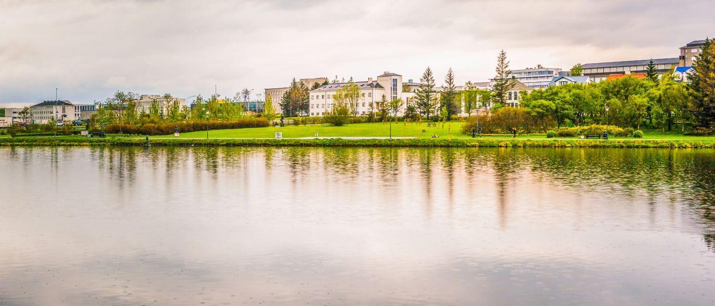 冰岛雷克雅未克(Reykjavík),城中湖_图1-2