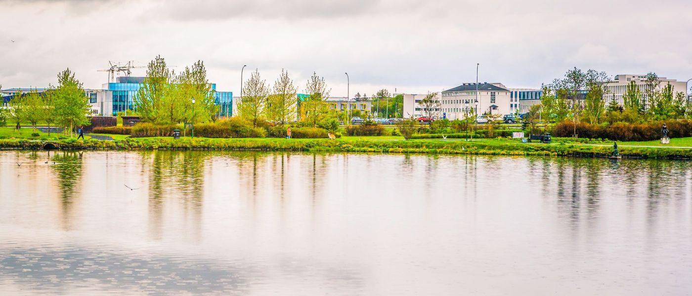 冰岛雷克雅未克(Reykjavík),城中湖_图1-4