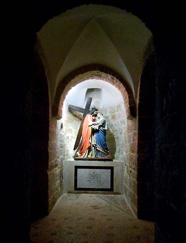 沿着十字架之路前行_图1-10