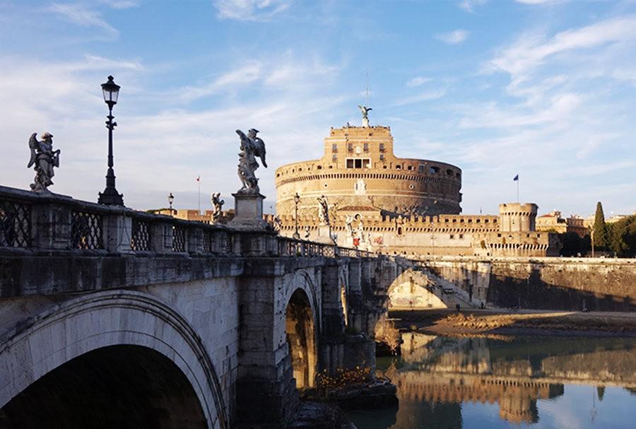 在罗马见到的东西_图1-1