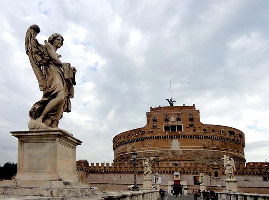 在罗马见到的东西_图1-2