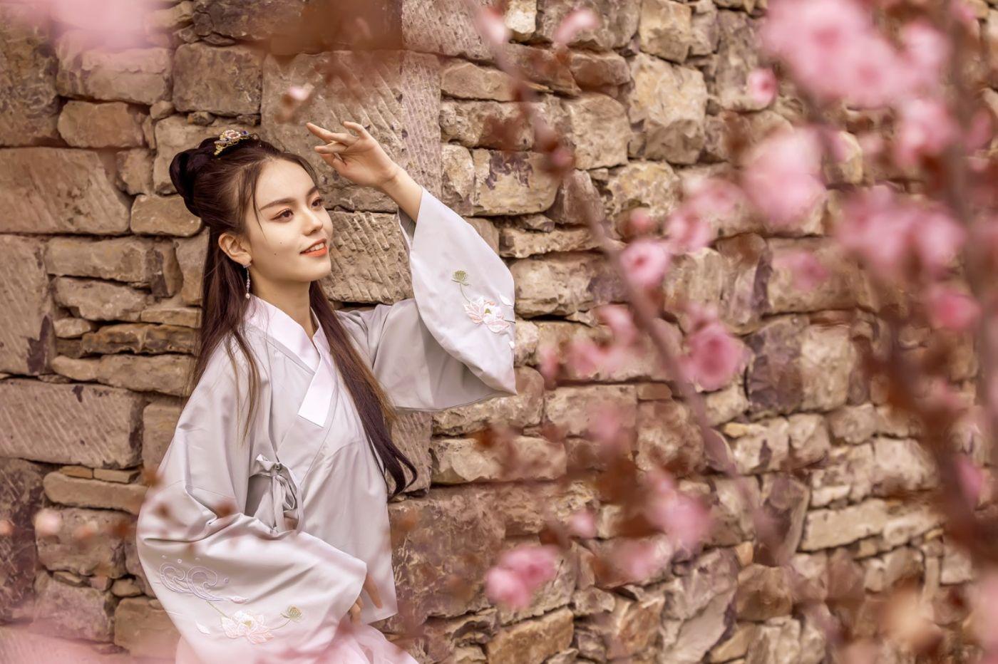 临沂汉服女孩晓艺的春天_图1-4