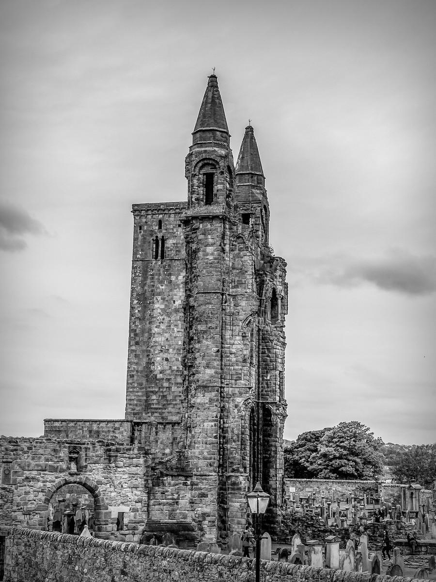 苏格兰圣安德鲁主教座堂(Cathedral of St Andrew)遗迹,九百年历史 ..._图1-4