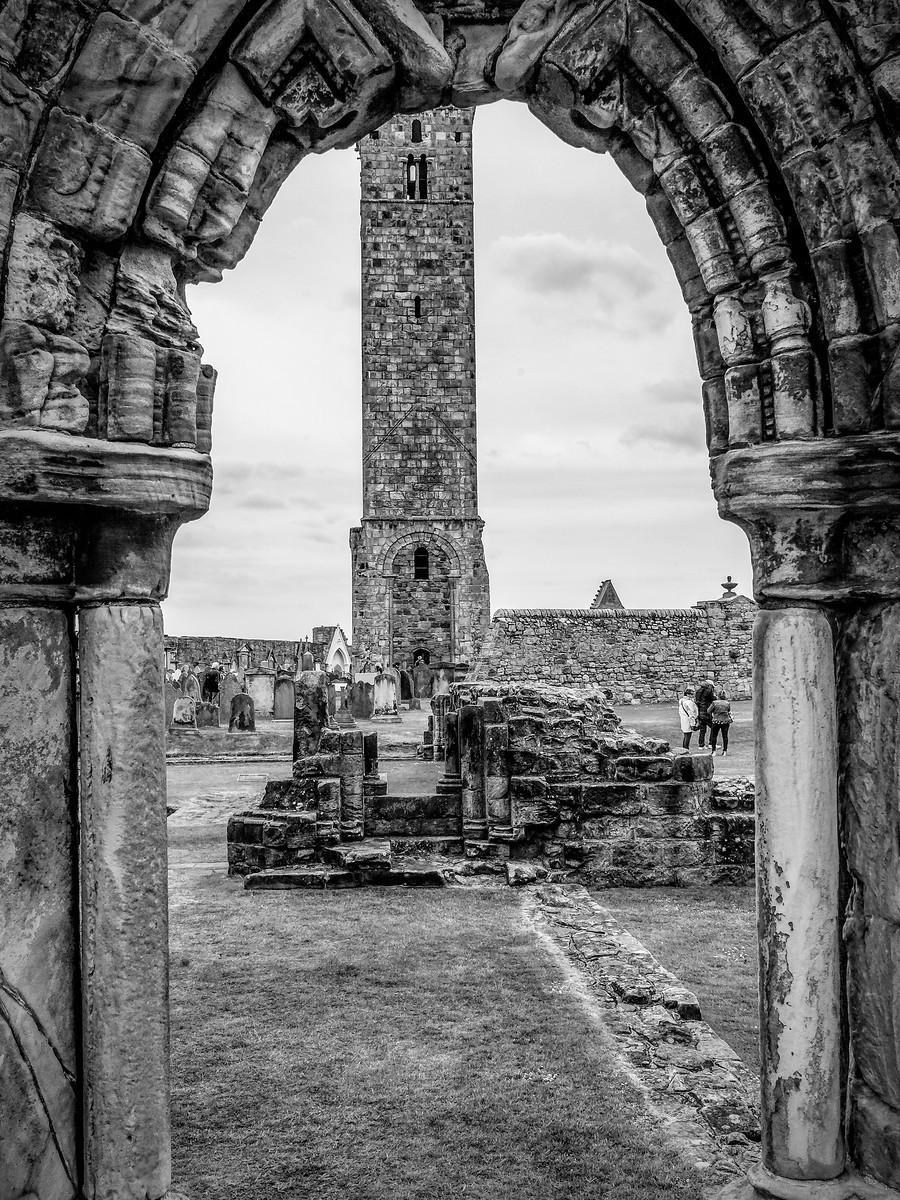 苏格兰圣安德鲁主教座堂(Cathedral of St Andrew)遗迹,九百年历史 ..._图1-15