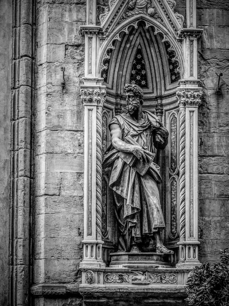 意大利佛罗伦斯主教堂,精雕细琢_图1-9
