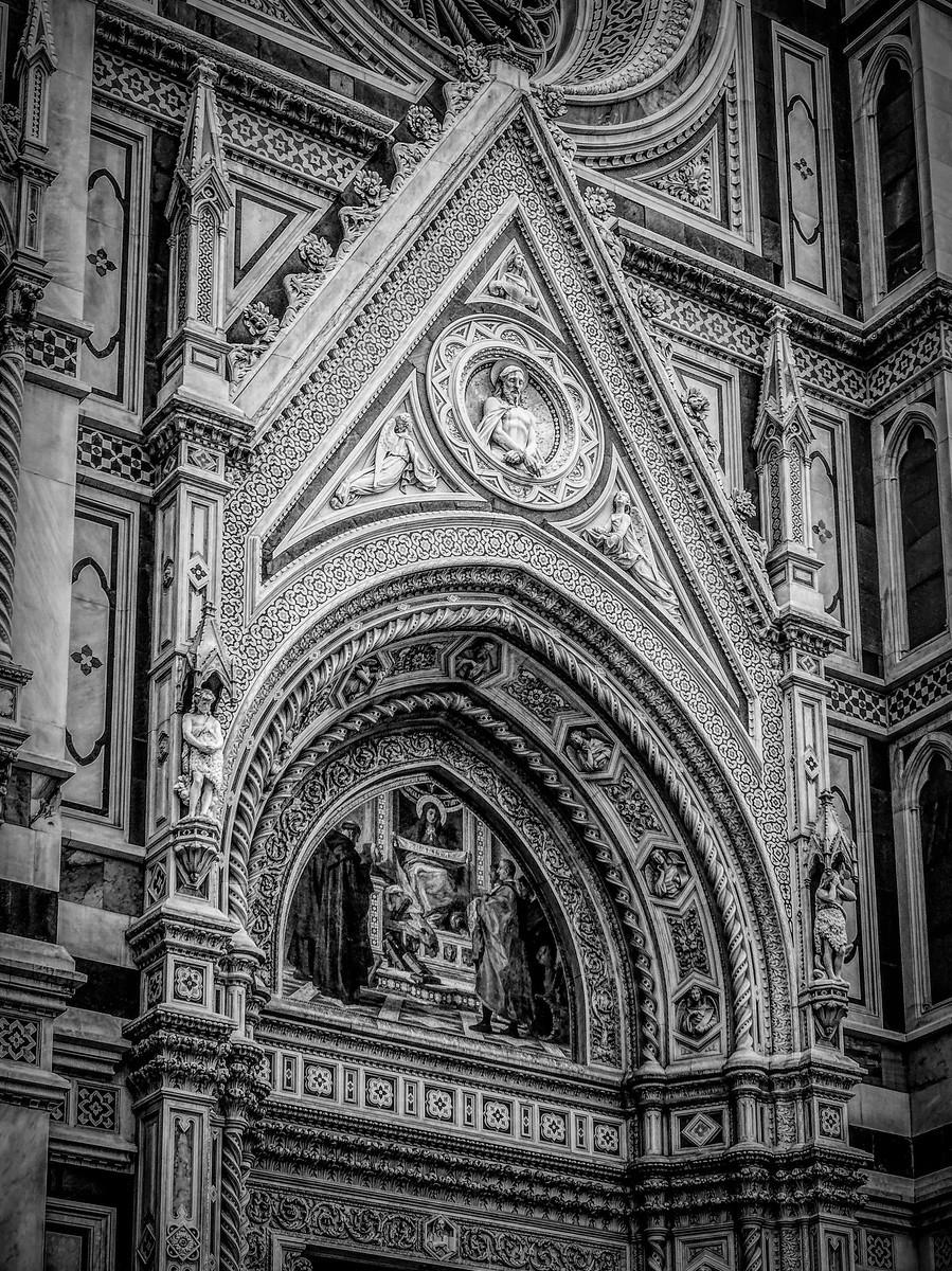 意大利佛罗伦斯主教堂,精雕细琢_图1-18