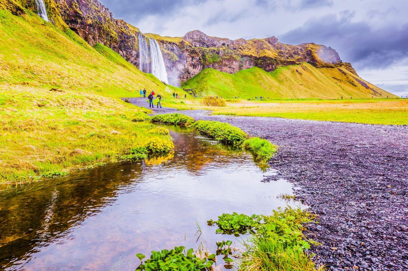冰岛塞里雅兰瀑布(Seljalandsfoss),飞流直下_图1-17