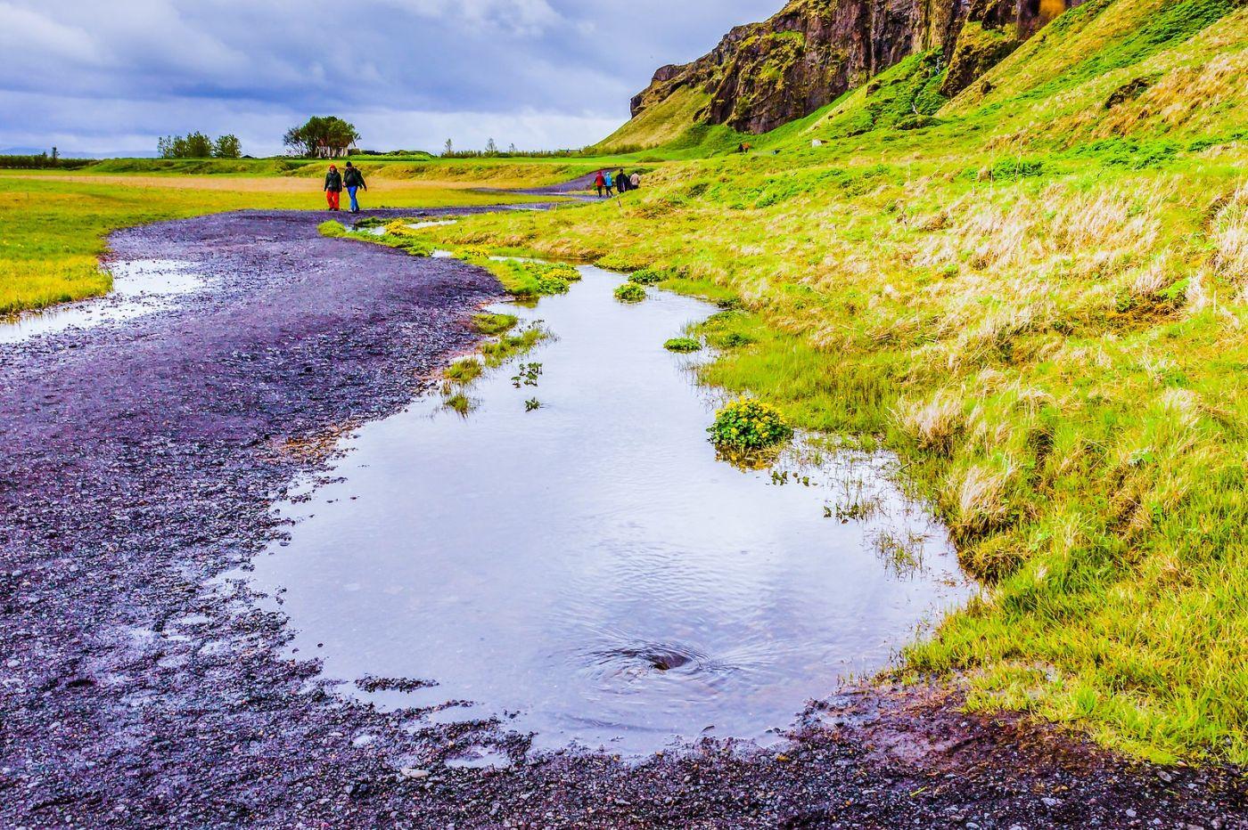 冰岛塞里雅兰瀑布(Seljalandsfoss),飞流直下_图1-2