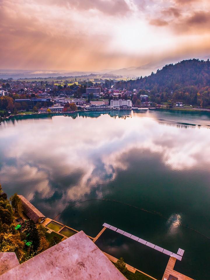 斯洛文尼亚布莱德湖(Lake Bled),清晨湖色_图1-20