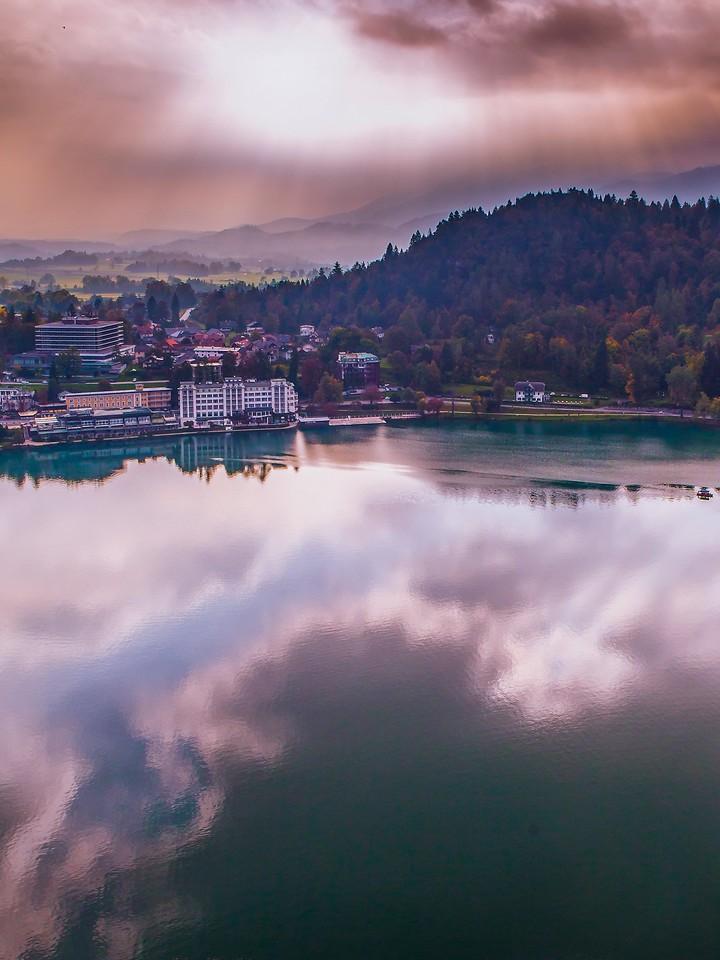斯洛文尼亚布莱德湖(Lake Bled),清晨湖色_图1-5