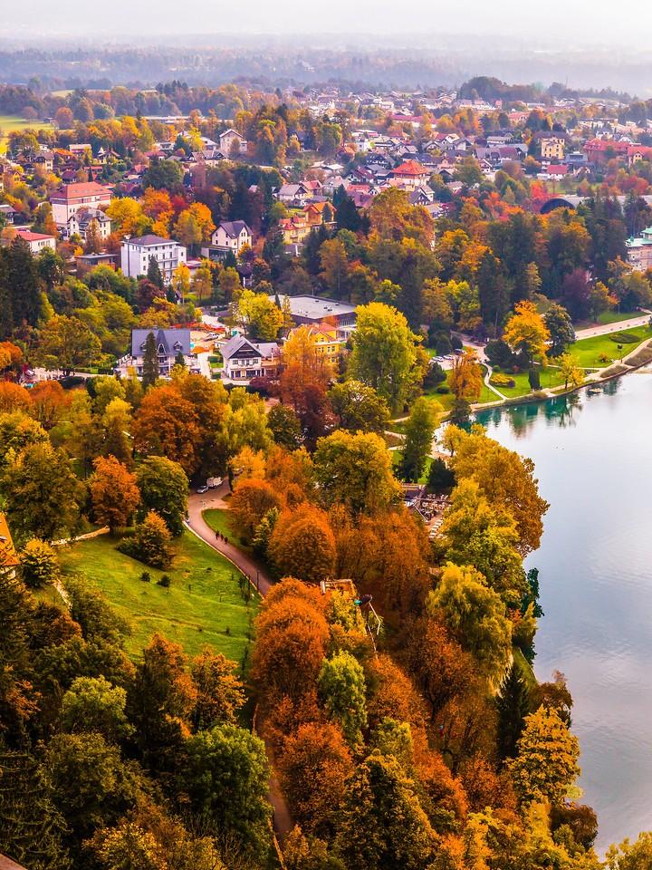 斯洛文尼亚布莱德湖(Lake Bled),清晨湖色_图1-13