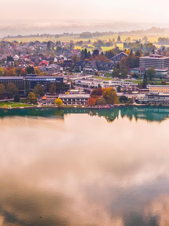 斯洛文尼亚布莱德湖(Lake Bled),清晨湖色_图1-29
