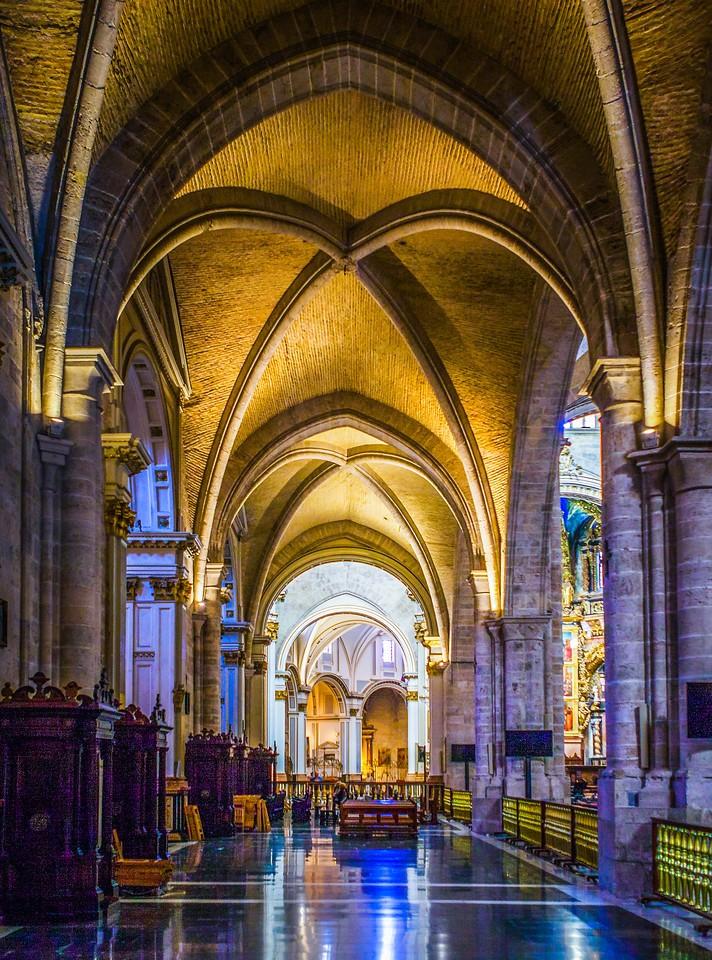 西班牙巴伦西亚主教堂,细细欣赏_图1-1