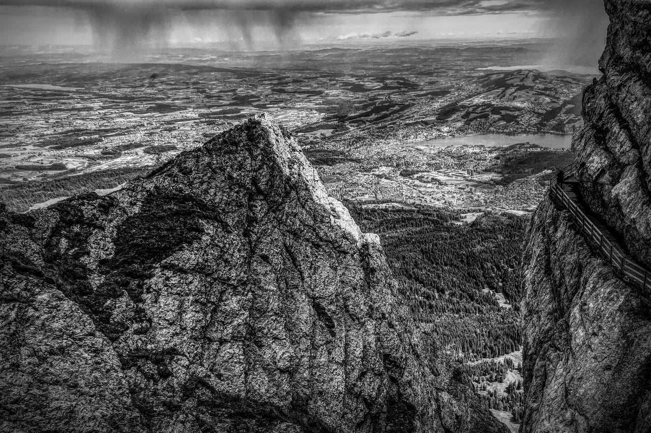 瑞士卢塞恩(Lucerne),眼前的高山_图1-40